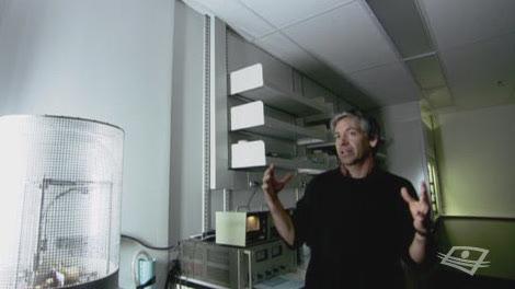 Le professeur Ricardo Izquierdo à l'émission Le code Chastenay